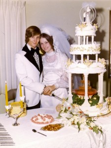 Don & Jodi Wedding Cake 6-8-74 PS
