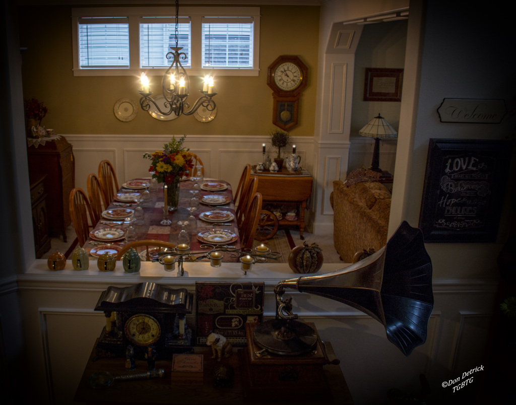Thanksgiving Table Set 11-26-14